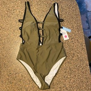 Cupshe one piece olive green bathing suit, large
